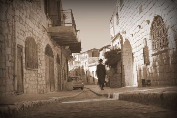 Israel in Pictures – Safed and drive to Jerusalem | Eating