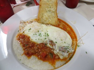 Red Gravy's Grits and eggs