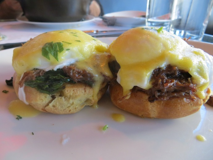 Comme Ca - Oxtail Benedict