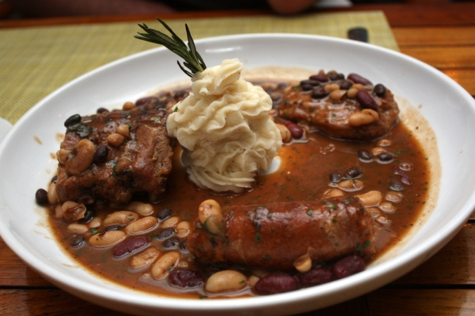 Caicos Cafe - Cassoulet
