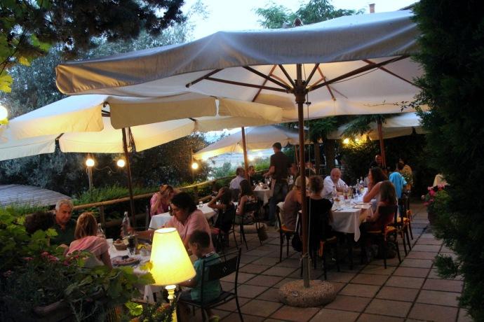 Guastini patio
