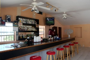 Three Queens Bar