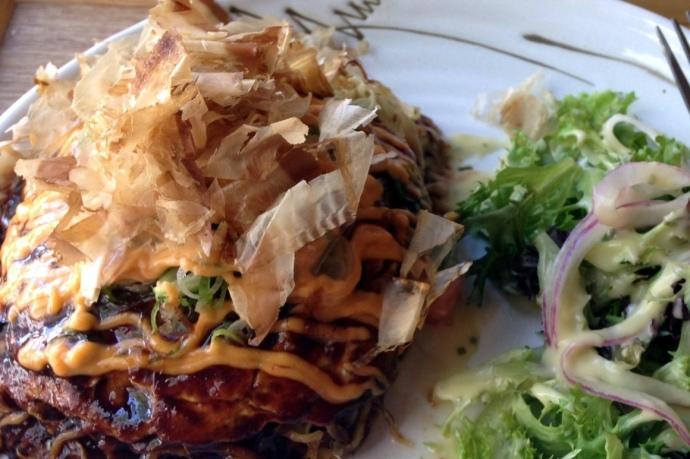 Hiroshima style Okonomiyaki Mocu Mocu