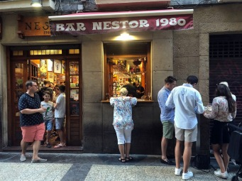 Néstor Bar Outside