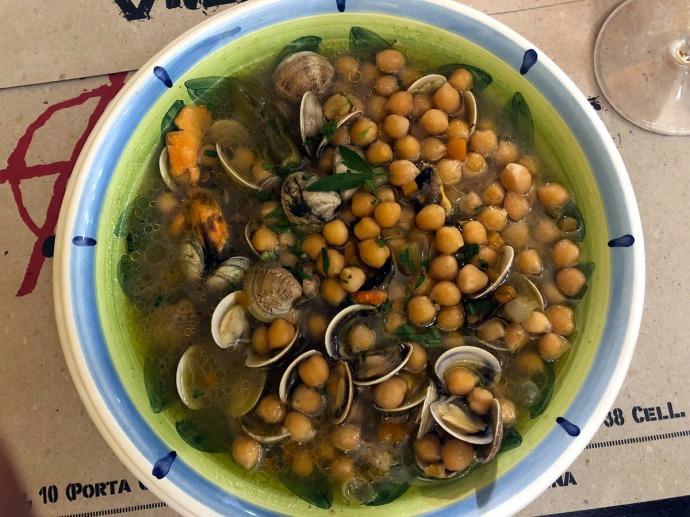 Antiche Sere chickpea soup