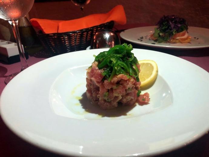 Jacala - tuna tartare